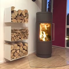 greencube garden design created this innovative sculptural log store used in platt, kent Cabin Fireplace, Fireplace Design, Indoor Firewood Rack, Regal Design, Home Upgrades, Living Room Decor, Diy Home Decor, Sweet Home, House Design