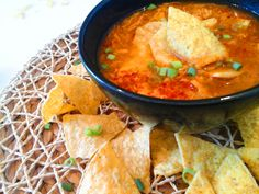 Nachos, Curry, Ethnic Recipes, Food, Curries, Essen, Meals, Tortilla Chips, Yemek
