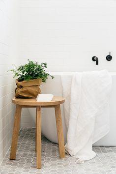 White on White in Bathroom design - 15 white bathroom ideas -ESt Magazine - c + M Studio Cross St Project photographed by Caroline McCredie Grey Bathroom Floor, Laundry In Bathroom, White Bathroom, Bathroom Flooring, Natural Bathroom, Bathroom Stuff, Laundry Rooms, Bathroom Fixtures, Upstairs Bathrooms