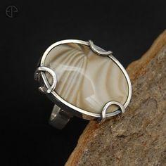 Krzemień pasiasty w srebrze :: Emilia Przedpełska - Pracownia biżuterii unikatowej