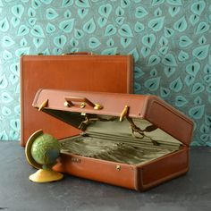 Vintage Samsonite Luggage - Ladies Luggage - Vintage Suitcase - Saddle Tan - Lock and Key - Photography Prop - 1