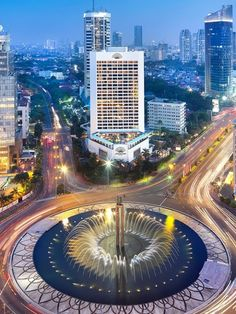 Bundaran HI, Heart of Jakarta, Indonesia - Visit http://asiaexpatguides.com to make the most of your experience in Indonesia!