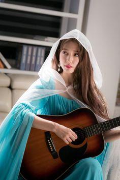 Park shin hye, emma, jung hee ju, memories of the alhambra Korean Actresses, Korean Actors, Actors & Actresses, Gwangju, Park Shin Hye Drama, Korean Celebrities, Celebs, Korean Girl, Asian Girl