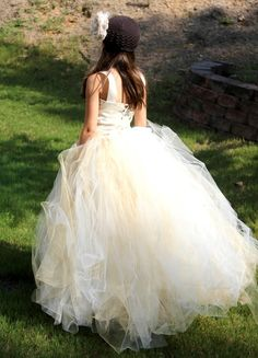 Diy flower girl tutu | ... ivory with a hint of gold, flower girl tutu dress, bambaroos boutique