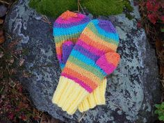 Sticka vantar Knit Mittens, Fingerless Gloves, Arm Warmers, To My Daughter, Knitting, Colorful, Threading, Fingerless Mitts, Tricot