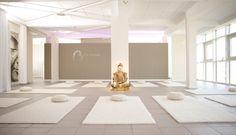 Innenansicht bei Tag - YOGA-Studio | Umgestaltung und Vergrößerung des YOGA-Studios Angelika Fraikin