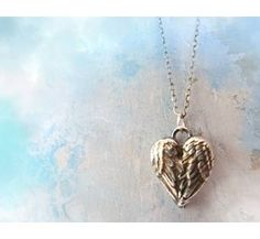 Angel Wings Heart Necklace-11 Main