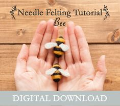Needle felt animals video tutorialWelcome to the Lincolnshire Fenn Crafts Basic Animal Shapes video series for beginners. Come with me in a workshop style and guide you step by step through all the needle felting Beginner Felting, Needle Felting Tutorials, Needle Felting Kits, Wet Felting, Felt Crafts, Diy Crafts, Felted Wool Crafts, Needle Felted Owl, Felt Fox