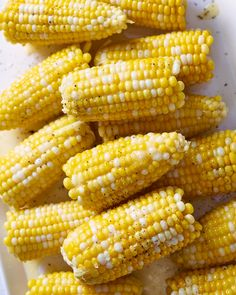 Buttery Instant Pot Corn on the Cob. Need recipes and ideas for cooking fresh simple, easy, and fast, sides and side dishes in your electric pressure cooker? This is perfect for fresh summer corn! Dishes To Go, Side Dishes Easy, Instant Pot Pressure Cooker, Pressure Cooker Recipes, Pressure Cooking, Food Styling, How To Make Corn, Buttered Corn, Corn Recipes