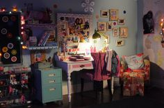 Steal Kelli Berglund's Room from 'How to Build a Better Boy'