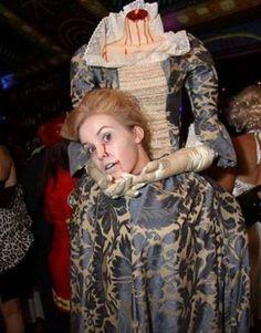Halloween es una festividad, celebrada ya en la mayoría del mundo. Es una noche especial, en la que puedes ser lo que quieras.... mientras de miedo!!...