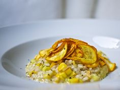 Zucchini-Zitronen-Risotto mit Zucchini-Chips / http://piasdeli.de/Rezept/zucchini-zitronen-risotto-mit-zucchini-chips/