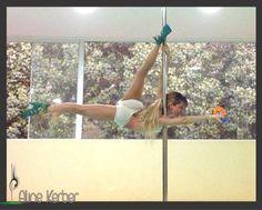 Aline Kerber pole dance