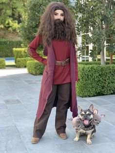 Rosanna Pansino as 'Hagrid' and Blueberry Muffin as 'Fluffy' from Harry Potter