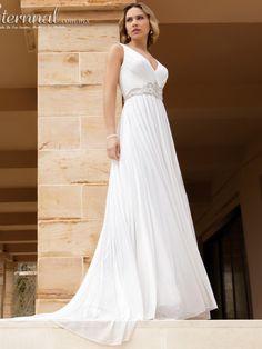 Vestido-de-Novia-MILENA-corte-estilo-Imperio-y-escote-tipo-V1