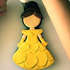 My favorite princess character of all time! I think I was 3 times in a row for These princess cookies I've been posting are amazing and absolutely by No Bake Sugar Cookies, Fancy Cookies, Iced Cookies, Cute Cookies, Cupcake Cookies, Cupcakes, Brookies Cookies, Galletas Cookies, Cookie Frosting