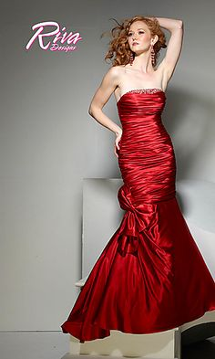 @Megan Sakowski, I think this style is awesome!  I think it would be flattering on everyone.  What do you think?