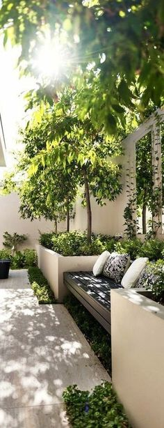 With a magnificent view, you will have the ability to enjoy being in the backyard. Some people today feel that once they've designed and built their backyard, that's it. You may have a very simple stone backyard that will give… Continue Reading → Backyard Garden Design, Small Garden Design, Terrace Garden, Patio Design, Backyard Patio, Backyard Landscaping, Landscaping Ideas, Backyard Ideas, Hydrangea Landscaping