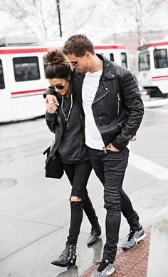 Couple Street Style & More Details Matching Couples, Matching Outfits, Cute Couples, Swag Couples, Fashion Couple, Look Fashion, Fashion Beauty, Womens Fashion, Paar Style