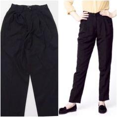 d89063542d1d4b Valentino Boutique Pants Size 10 US 42 Italy Valentino Boutique Women's  Pants Black Pleated front Zip