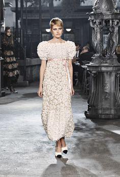 Chanel Métiers d'art 2015-16 Look 65 #ChanelMetiersdArt #ParisinRome Visit espritdegabrielle.com | L'héritage de Coco Chanel #espritdegabrielle
