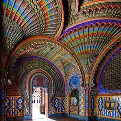 The Peacock Room in the Castello di Sammezzano, near Florence in Tuscany  http://fortypacesbackwards.com/vikareopportunities/?page_id=78