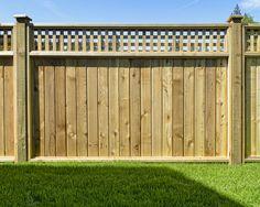 Cedar wood fence with lattice on top