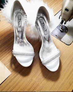Diana T. Νυφικά Παπούτσια www.gamosorganosi.gr Diana, Wedding Ideas, Shoes, Fashion, Moda, Zapatos, Shoes Outlet, Fashion Styles, Shoe