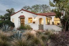Spanish Bungalow, Spanish Style Homes, Spanish Revival, Spanish House, Spanish Colonial, Spanish Kitchen, California Architecture, Spanish Architecture, Hacienda Style