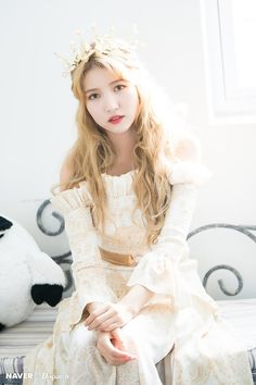 Naver x Dispatch - Gfriend Sunrise Kpop Girl Groups, Korean Girl Groups, Kpop Girls, Extended Play, Sunrise Music, Gfriend Album, Gfriend Sowon, Cloud Dancer, G Friend