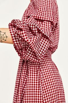 If You Try 1 New Trend This Summer, Make it the Gingham Dress