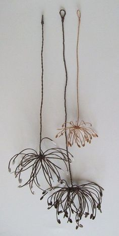 1 million+ Stunning Free Images to Use Anywhere Wire Crafts, Diy And Crafts, Arts And Crafts, Sculptures Sur Fil, Wire Art Sculpture, Wire Sculptures, Abstract Sculpture, Diy Fleur, Art Fil