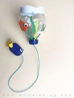 {DIY} Un bilboquet « Le monde de Dory! Craft Activities, Preschool Crafts, Fun Crafts, Diy And Crafts, Arts And Crafts, Projects For Kids, Diy For Kids, Crafts For Kids, Camping Crafts