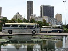 Ônibus da empresa Viação Cometa, carro 502, carroceria GMC PD-4104, chassi GMC Detroit Diesel. Foto na cidade de Rio de Janeiro-RJ por Rodrigo Salles (CLUBE DO TRECHO), publicada em 25/05/2010 19:27:59.
