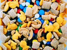 Goldfish trail mix...I think Carson would love this!