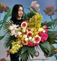 Άνθος Orchid Flowers, Fresh Flowers, Orchids, Shiny Days, Thessaloniki, Gerbera, Happy Colors, Happy Saturday, Rose Bouquet