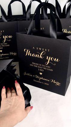 Gold Wedding Favors, Acrylic Wedding Invitations, Wedding Favor Bags, Wedding Invitation Cards, Wedding Cards, Diy Wedding, Dream Wedding, Wedding Day, Budget Wedding