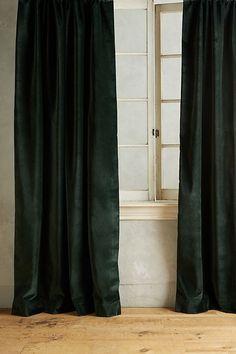 Matte Velvet Curtain von Anthropologie in Purple, Curtains - Der Vorhang Tie Top Curtains, Curtains Behind Bed, Cute Curtains, Purple Curtains, No Sew Curtains, Striped Curtains, Drop Cloth Curtains, Burlap Curtains, Ideas