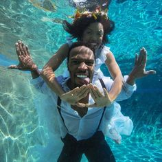 Underwater Engagement Photo Shoot - Divine Nine Love