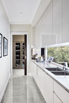 Indian Home Interior Galley Kitchen Design, Kitchen Room Design, Modern Kitchen Design, Home Decor Kitchen, Interior Design Kitchen, Home Kitchens, Scullery Ideas, Küchen Design, House Design