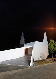 Iglesia Autobahn Siegerland / Schneider+Schumacher.