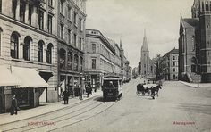 Old Oslo Postcard from 1907 - Akersgaten Oslo, Kingdom Of Sweden, Trondheim, School Photos, Old Postcards, Norway, Old School, Street View, Black And White