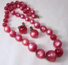 Vintage Raspberry Moonglow Bead Jewelry Set by GretelsTreasures #vintagenecklace #gotvintage