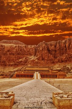 Hatshebsut by Mustafa Karim, 500px #egypte #temple