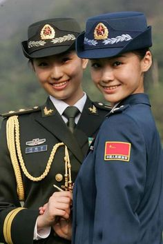 military_woman_china_army_000342