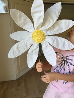 To be not like all others - a DIY flower offered to a friend