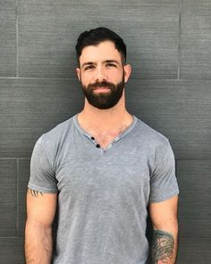 Unkempt locks can make you really feel messy and search older. Waxing product and razor Moustache, Wild Hair, Bear Men, Muscular Men, Hairy Chest, Fine Men, Hair And Beard Styles, Hairy Men, Facial Hair