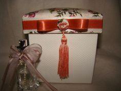 caixa Coral com aromatizante..