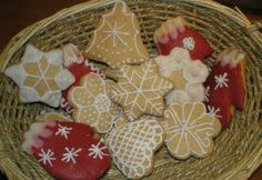 Gluténmentes mézeskalács Lillustól Gingerbread Cookies, Christmas Cookies, Gluten Free, Sugar, Baking, Desserts, Foods, Gingerbread Cupcakes, Xmas Cookies