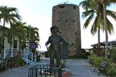 Black Beard's Castle - This watchtower, originally named Skytsborg (Sky Tower) by the Danes, was built in 1679. According to legend, the infamous pirate Edward Teach, nicknamed Blackbeard, used the tower to watch for ships entering the harbor.